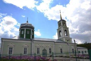 dolgorukovskiy_rayon_bratovshina_hram_trioci_03